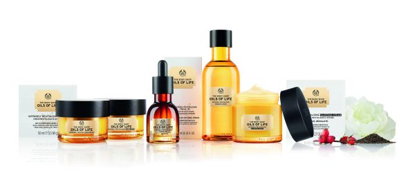 Tratament de Noapte Intens Revitalizant de la The Body Shop