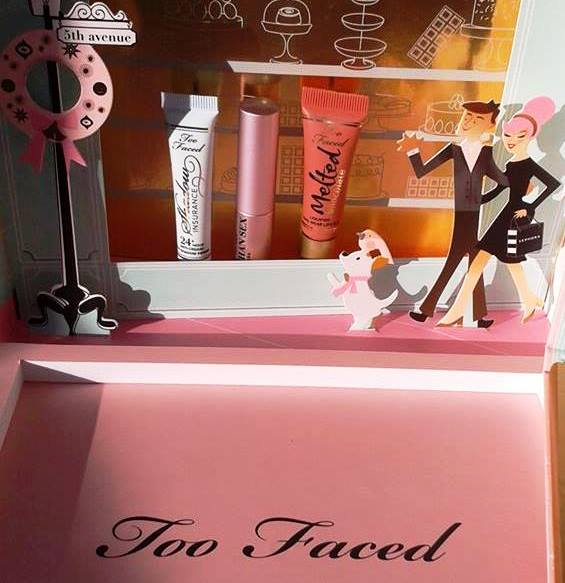 too-faced_wonder_gift_2016_boncafestyle