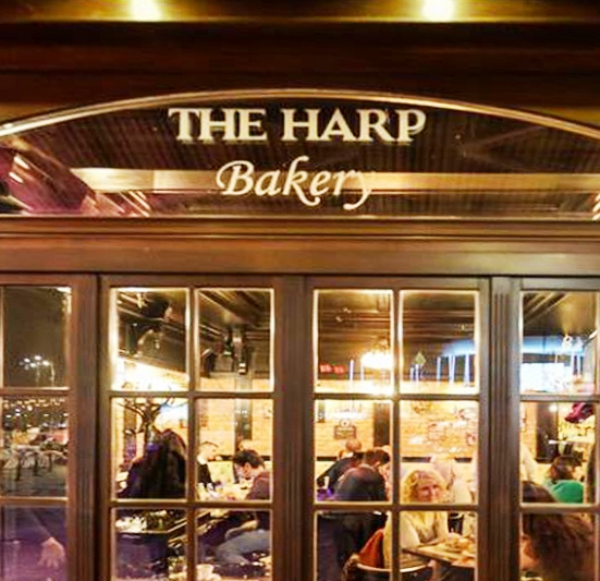 Delicatese culinare la The Harp Bakery