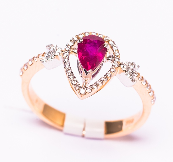 Exprimă-ţi dragostea cu noua colecţie de Valentine's Day de la Sereny Diamonds