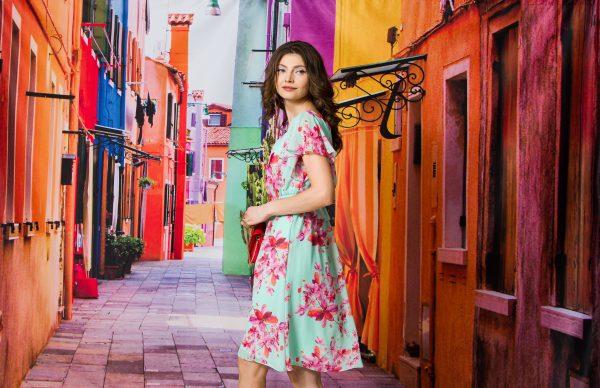 SENSE lansează colecția de rochii de vară chic cu accent pe eleganță, confort și versatilitate